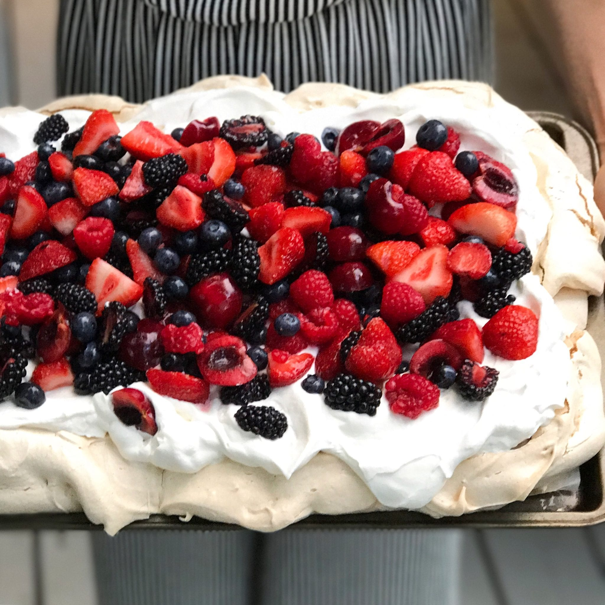 party, pavlova, recipe, dessert, summer, berries, food styling, food stylist, recipe ideas, blog, blog post